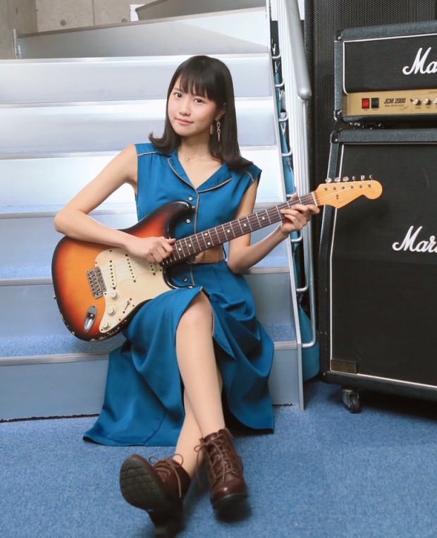 MIONアー写ギター